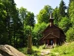 Stožecká kaple je krásná a ne nadarmo se dostává do všelijakých upoutávek a knih o Šumavě.