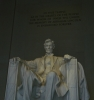 Lincoln uvnitř svého památníku
