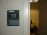 U kanceláře jsme měli i jmenovky.