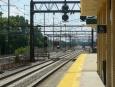 Severovýchodní koridor se čtyřmi kolejemi. Vnitřní slouží pro rychlíky.