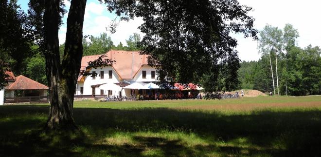 Restaurace v Evženově údolí.