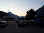 Brzké ráno u jedné z rakouských benzínek po cestě do švýcarského Svatého Mořice