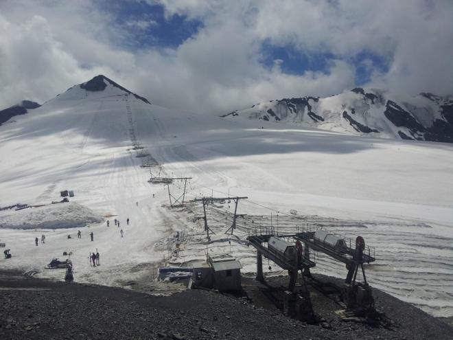 Zde na ledovci se lyžuje jen v létě