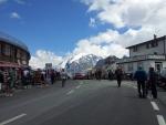 Centrum průsmyku Passo dello Stelvio, v pozadí vrchol Ortleru