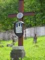 Hřbitov za kostelem.