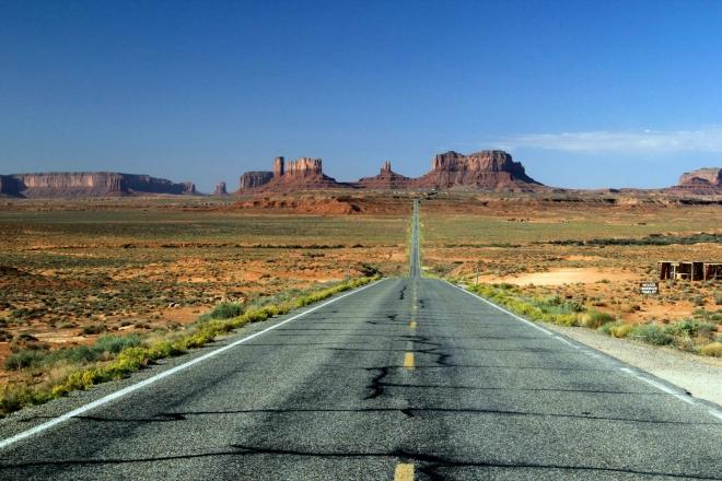 Utah - před námi je vytoužené Monument Valley, přijíždíme po cestě Forresta Gumpa