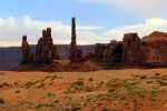 Utah, Monument Valley - The Totem Pole, posvátné indiánské místo