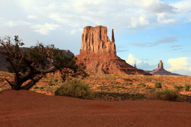 Utah, Monument Valley - East Mitten