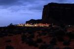 Utah, Monument Valley - informační centrum před východem slunce