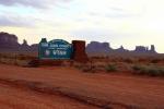 Utah, Monument Valley - poslední pohled zpět