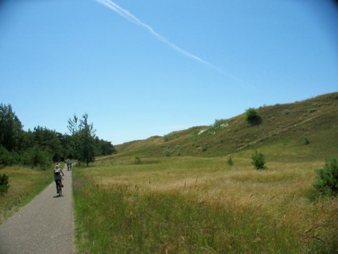 I nadále se držíme západního pobřeží. Během další cesty nás míjí značné možství cyklistů.
