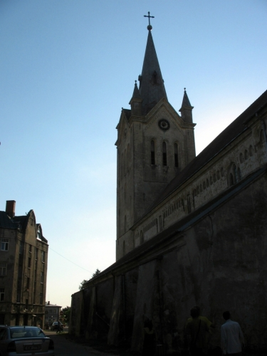 Kostel svatého Jana, jeden z nejstarších v Lotyšsku, vysvěcen byl už v roce 1284.