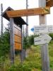 Přechod se jmenuje Prameny Vltavy a k nim také můžete po několika kilometrech dojít. My se držíme značení k vodní nádrži Reschbach.