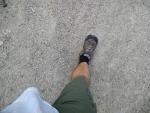 Já zase po dnešním dlouhém pochodu přišel o několik kilogramů, což je vidět i na plandající košili.