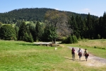 Pohled se otevřel především na blízký Žlíbský vrch, kde jsme včera v silnější sestavě hodovali.