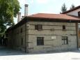 Starý dům v centru Banska je nyní spíše výjimečný, ačkoliv na okrajích městečka je jich více.
