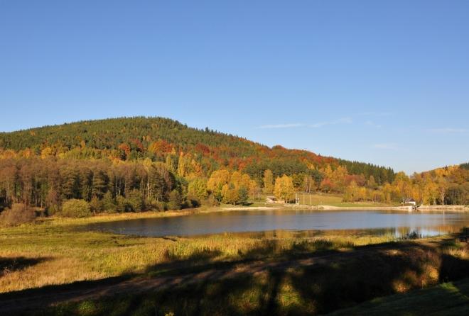 Ktišský rybník při západu slunce.