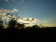 hra slunce, mraků a stínů