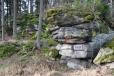 Nápis na skále - Judeichstein - je věnovaný návštěvě lesníka Fridricha Judeicha.