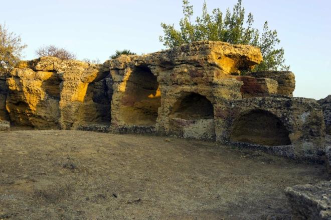 Městské hradby s tzv. byzantskými oblouky (Arcosoli Bizantini).