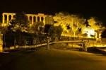 Poslední pohled - vstupní brána do Valle dei Templi, v pozadí Tempio di Giunone