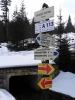 Na rozcestí je cesta protažeha jen k Jelením vrchům a tak na výběr nemáme. Je jasné, že dojdeme až do Stožce.