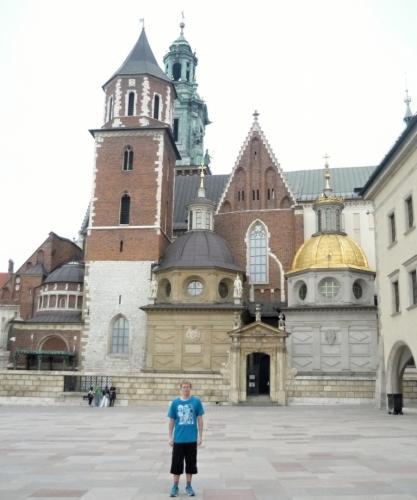 Moje maličkost s katedrální bazilikou svatého Stanislava a svatého Václava