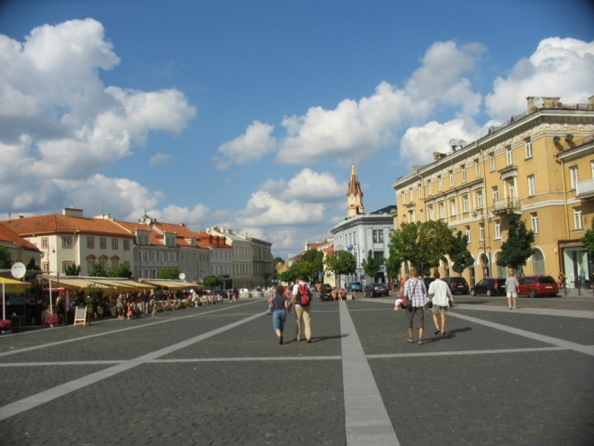 Radniční náměstí (Rotušės aikštė), jedno ze dvou hlavních center města