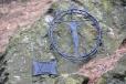 XII. Smrt na kříži Než zemře, myslí ještě na svou matku. Ve tři hodiny odpoledne umírá.
