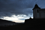 Večer po schodech znovu jdeme ke kapli sv. Andělíčka Strážného.