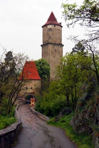 Zvíkov - přicházíme k hradu