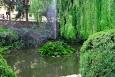 Orlík - fontána před hradem