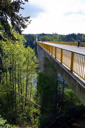 Zvíkovský most