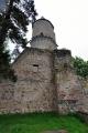 ... a právě z tohoto třpytu zachyceného tisíckrát i víckrát, vzešel vznešený hrad na místě pravěkého hradiště z doby bronzové a za přítomnosti pohanských bohů ...