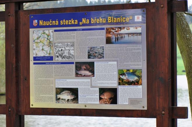 Přicházíme na NS Na břehu Blanice.