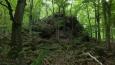 kamenná hrouda na východ od Jouglovky ...