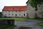 Tvrz Kadov u Blatné bylo starodávné sídlo vladyckých rodů a do současnosti se dochovalo jako rozměrná sýpka. Současní majitelé tvrz postupně rekonstruují a v části jejích prostor zřídili expozici věnovanou především životu na staročeském venkově.