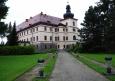 K navrácení potomkům původního majitele došlo roku 1993 a ti zámek po čase zpřístupnili veřejnosti.