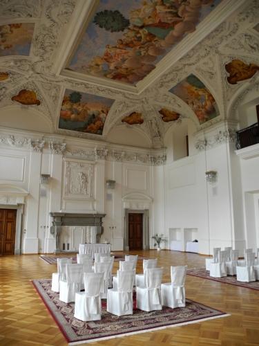 Ve Velkém sále se konají i svatební obřady.