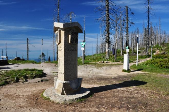 Hraniční kámen na Trojmezí.