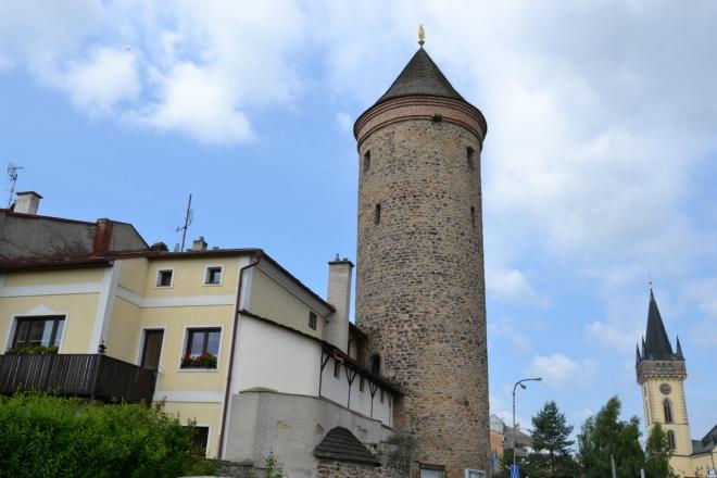 Šikmá věž ve Dvoře Králové.