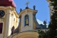 Soška Panny Marie v pozlacené skříňce na hlavním oltáři pochází zhruba z osmdesátých let 14. století. Vzhledem k její, na gotiku neobvykle usměvavé tváři, je nazývána Mater Formosa – Sličná Matka.