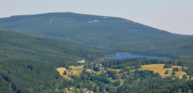 Jizera s přehradou Souš.