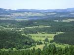Zvonkovský vrch a Horní Planá.