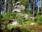 Pod vrcholem Bärensteinu je několik dalších skal.