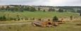 Kepelské Zhůří (Haidl am Ahornberg) bylo jednou ze svobodných králováckých rycht a je zmiňováno poprvé v roce1613. V roce 1761 zde byl postaven kostel Nejsvětější Trojice, ale ten roku1809 vyhořel. Nový byl již kamenný. V roce 1920 měla obec 79 obydlených domů, 598 obyvatel, z toho 6 Čechů. V roce 1929 byla v obci pošta, četnická stanice, čtyři mlýny, dvě pily, výrobna kartáčů, dřevovýroba. Dnes tady najdete jen obnovenou kapličkuz roku 1999. Z iniciativy bývalých Zhůřských občanů a za přispění občanů Hartmanic byla v místě původního kostela vedle úmrlčích prken.Nedaleko je pomník věnovaný Americkým vojákům, kteří zde na konci války padli za svobodu Československa.