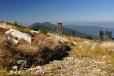 Při sestupu k Černému jezeru jdeme chvilku směrem k Ostrému.