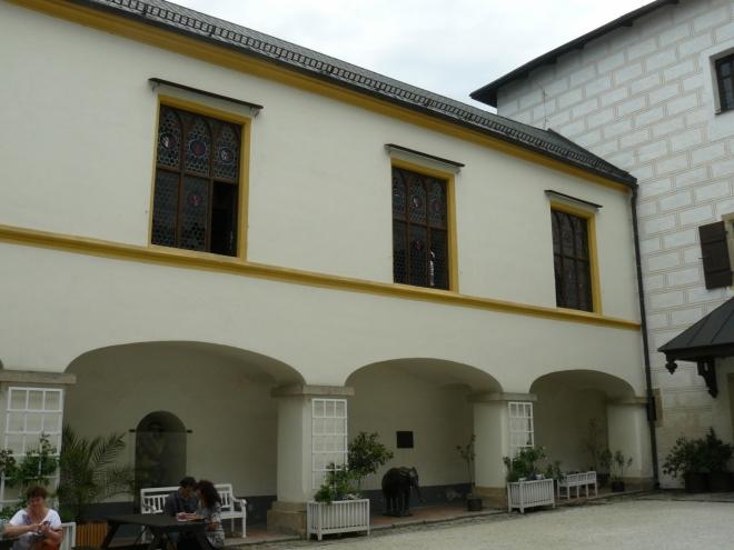 Arkády s galerií