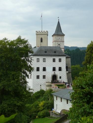 Dolní zámek od horního