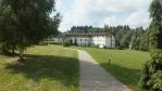 kousek od kapličky byl o tři roky pozdějí postaven tzv. provinční dům sloužící řádovým sestrám Mariiným